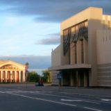 Выставка гобеленов открылась в Национальном театре Карелии
