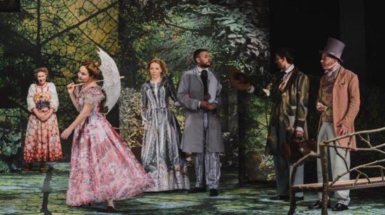Месяц в деревне — спектакль Московского Нового драматического театра