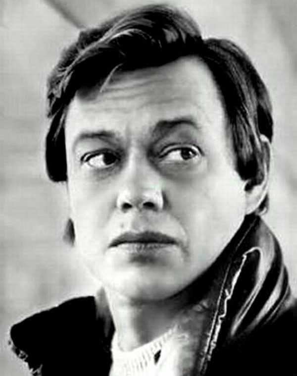 Николай Караченцов – «Всюду бегут дороги»