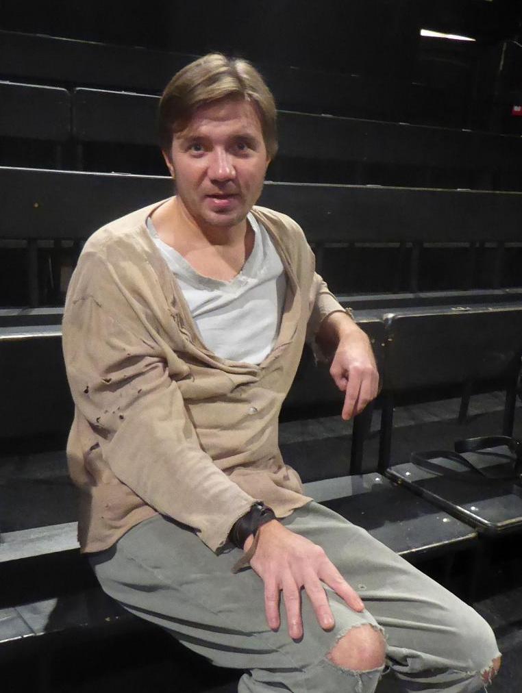 Михаил Калиничев: «20 лет в Новом театре» — интервью с артистом