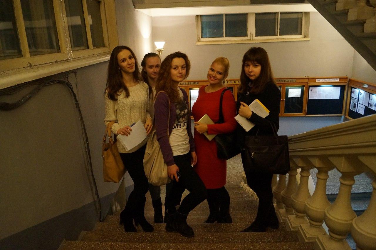 Члены Молодежной палаты Ярославского района пришли на экскурсию в Новый театр