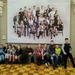 """Ученики начальных классов школы № 1374 побывали на спектакле """"Белый пудель"""""""